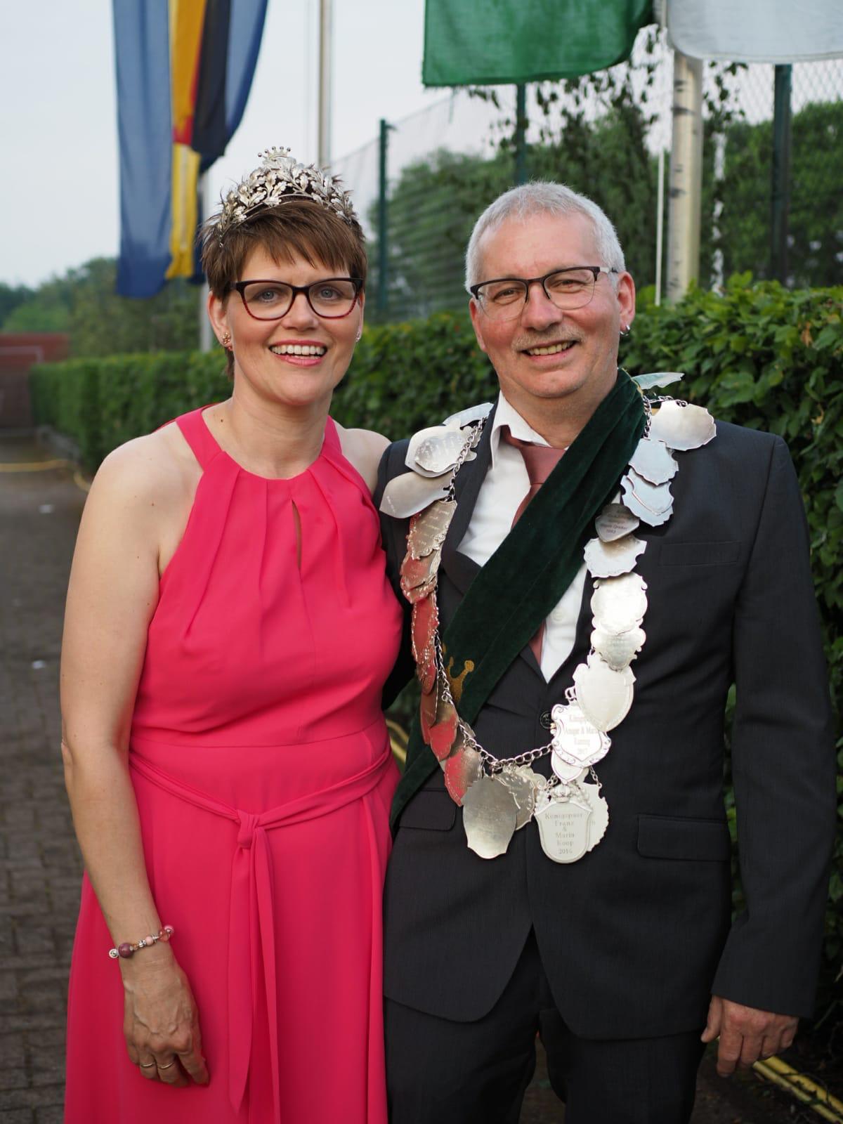 König Klaus mit seiner Königin Hildegard